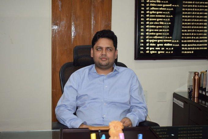देश के पहले दृष्टिबाधित आईएएस क्रिकेट के अच्छे खिलाड़ी रहे हैं